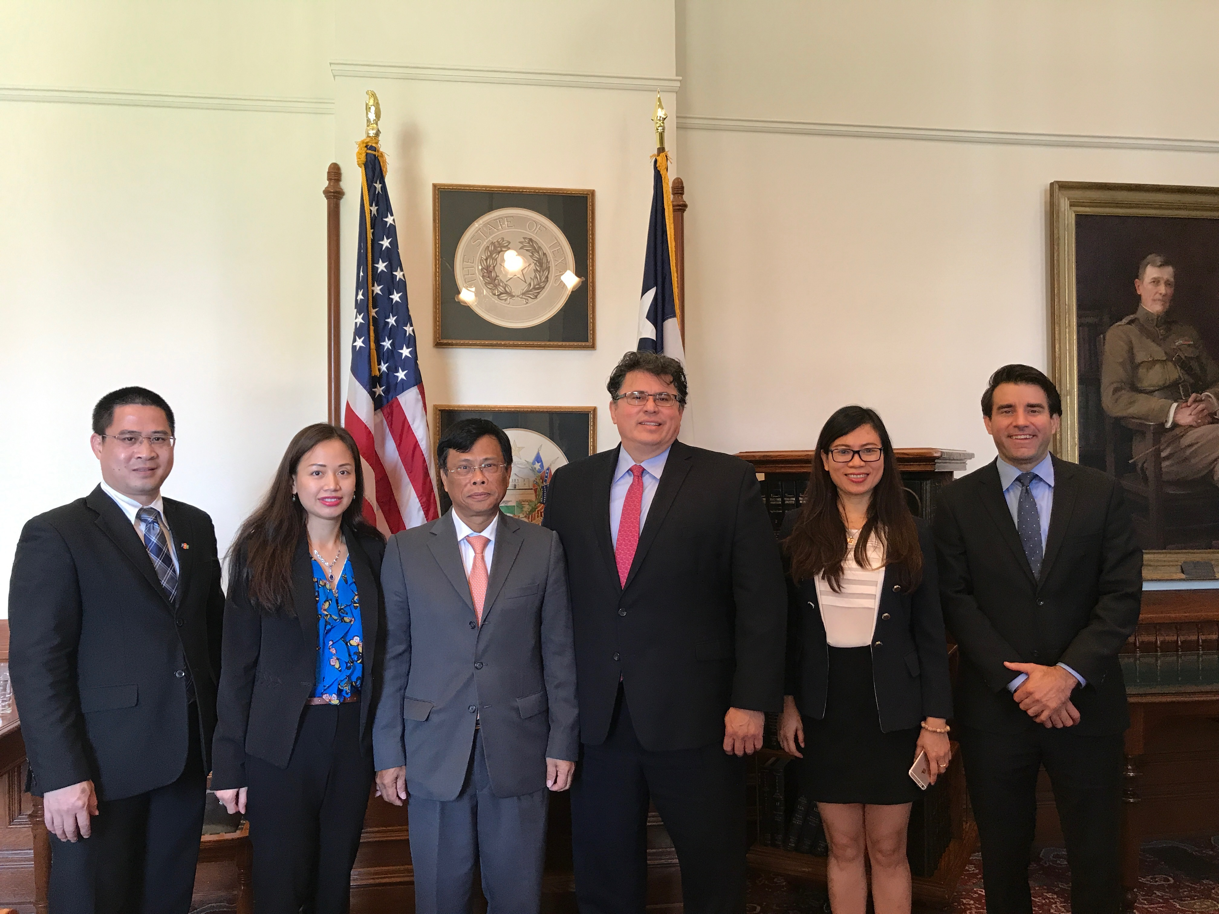 CG LQH and Consulate staff visit Texas Secretary of State Rolando Pablos August 10 2017.JPG